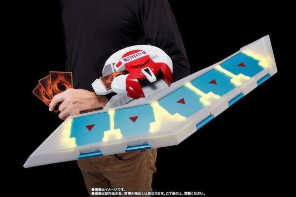 遊戯王, デュエルディスク デュエルディスクってさ、妙に欲しくなるというか魅力にひかれる時ない?VRとか対応したら楽しそうなのに【遊戯王】