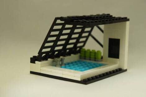 撮影現場, 例のプール 通称例のプールで伝わる。そんな撮影現場なんかいいよね!